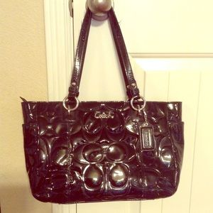 Coach Patent Leather Embossed Tote🌟pre-loved🌟